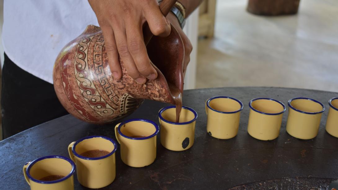 Café servi dans des tasses de dégustation au Costa Rica.